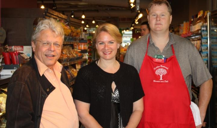 Klaus Allerdissen, Huguette Barbot, Mike Scholtens